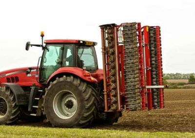 weaving-brevi-power-harrow-and-case-ih-tractor