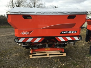 Kuhn Axis 40.2W Fertiliser Spreader for sale at Collings Brothers of Abbotsley