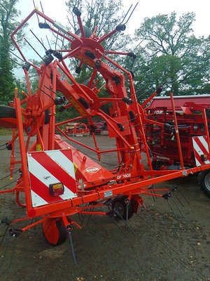 Kuhn GF7802 Tedder for sale at Collings Brothers of Abbotsley