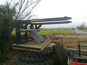 Maxi Bag Lift for sale at Collings Brothers of Abbotsley