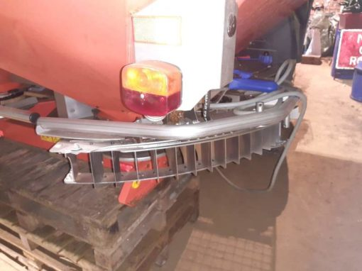 Kuhn Axis 40.1W Fertiliser Spreader for Sale