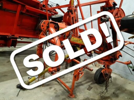 Kuhn GF5801 Tedder for Sale