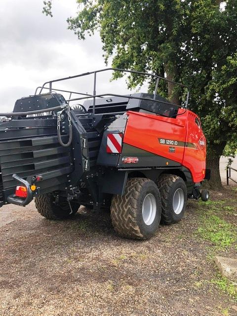 Kuhn LSB 1290 Omnicut Baler for Sale